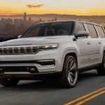 2022 Jeep Grand Wagoneer bir efsaneyi canlandırıyor