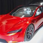 Tesla Roadster yeniden ertelendi